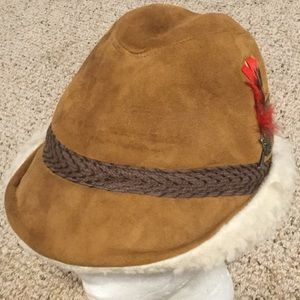 VTG Leather Hat Ear Flaps Feather North King Sz M